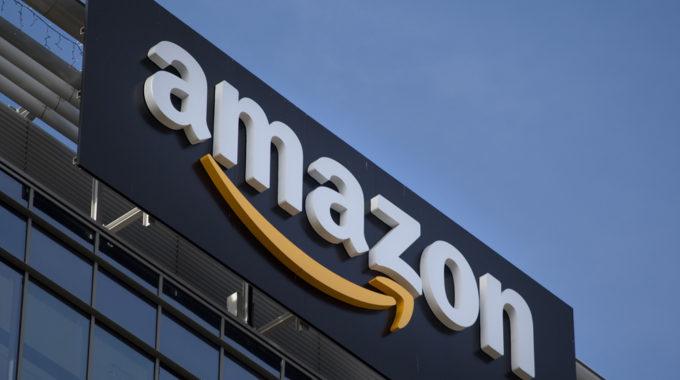 Amazon fascia sign sunny sky