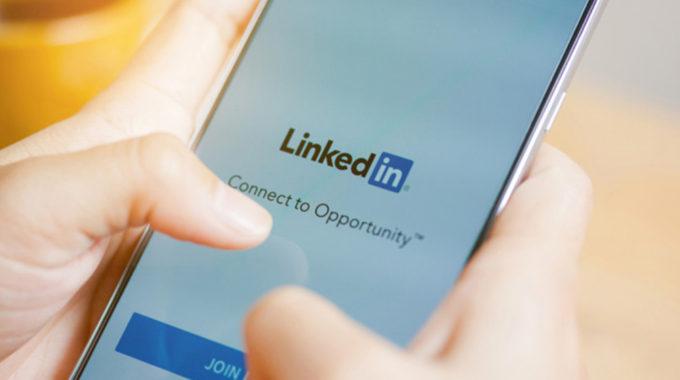 LinkedIn mobile phone app