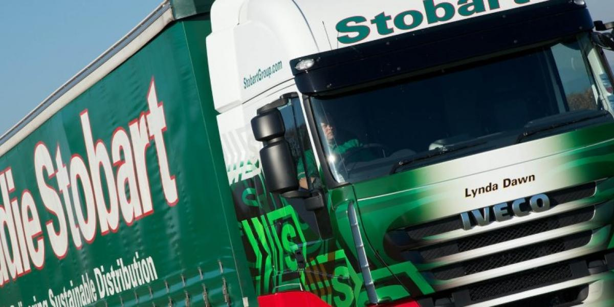 Eddie Stobart chief to leave as shares suspended