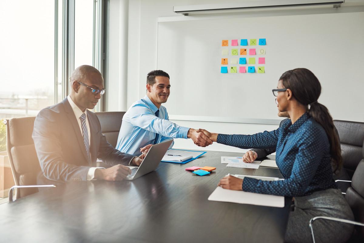 Essential Tips for Executive Interim Candidates