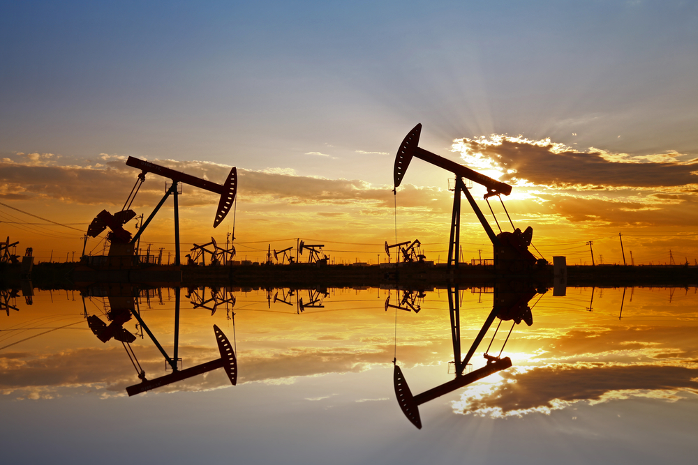 Oil Price Collapses to Lowest for 18 Years