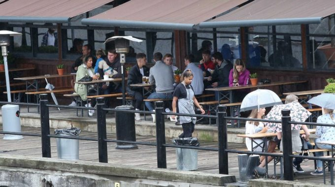 Pubs Open for First Time Since Lockdown