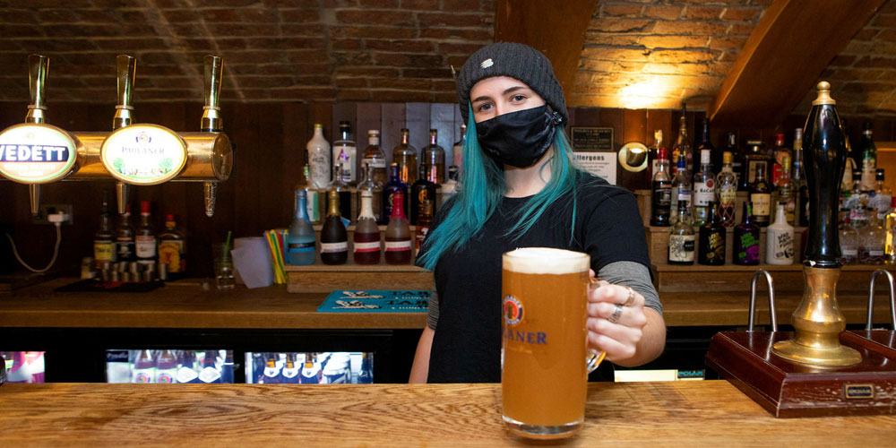 Covid-19: Pubs May Require Vaccine Passports